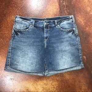 Silver Jeans 20 Mckenzie denim Flap short